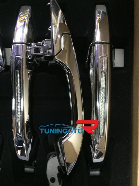 Хромированные ручки дверные с подсветкой для HONDA CR-V (07-)