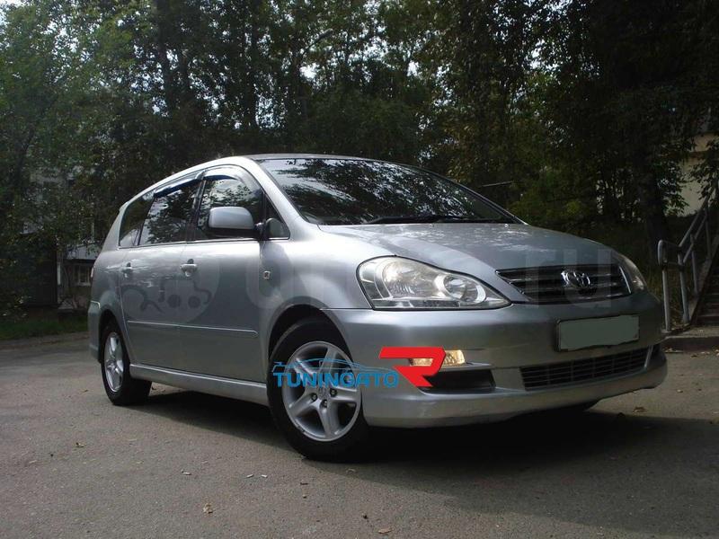 Фары ксенон оригинал для Toyota Ipsum 04-09г.