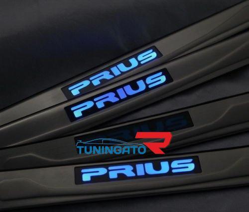 Накладки на пороги с подсветкой для Toyota Prius 2003-2009г.