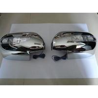 Хромированные накладки на зеркала с поворотниками для TOYOTA Premio (02-)