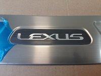 Хромированная накладка на задний бампер для Lexus RX350\450h (2002-)