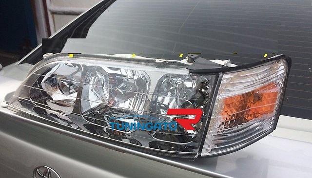 Фары хрустальные тройные для Toyota Cresta 96-01г.