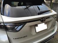 Спойлер на заднюю дверь под стекло Toyota Harrier 2014+