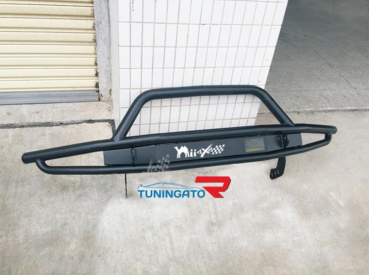 Силовая защита переднего бампера для Toyota Hilux 12-14г