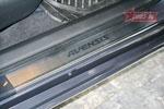 Накладки на внутр. пороги с рисунком (компл.4шт.) вместо пласт.Toyota Avensis 2009-