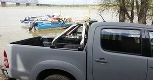 Дуга в кузов хром для Toyota Hilux 2012+