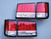 Диодные стоп сигналы красно-белые для Nissan Elgrand 97-02г.