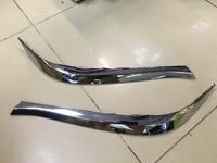 Реснички под фары для Toyota Land Cruiser 2015+