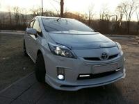 Накладки на фары (реснички) Toyota Prius 2009-up (двух линзовую)