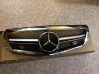 Решетка радиатора рестайл для Mercedes W221 S-Class 2010+