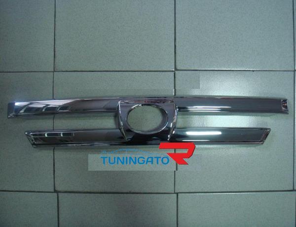 Хромированная накладка на решетку радиатора GLC-T04 HILUX SURF / 4RUNNER