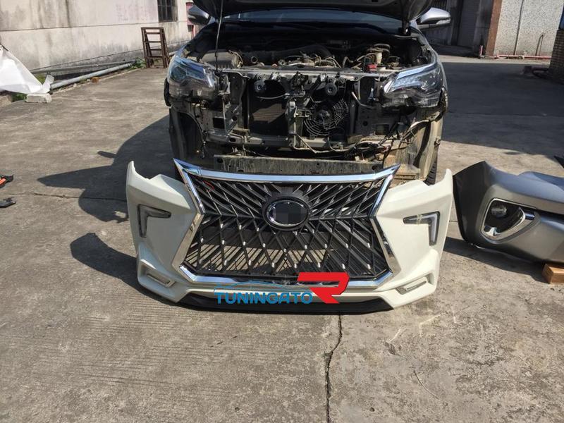 Аэродинамический обвес в стиле Lexus Superior  для Toyota Fortuner 2017г.