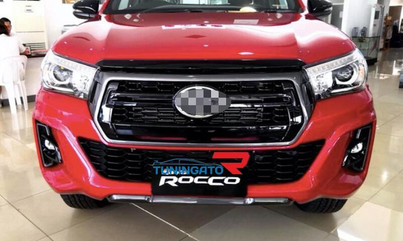 Ходовые огни в крышки под туманки для Toyota Hilux Revo 2017+