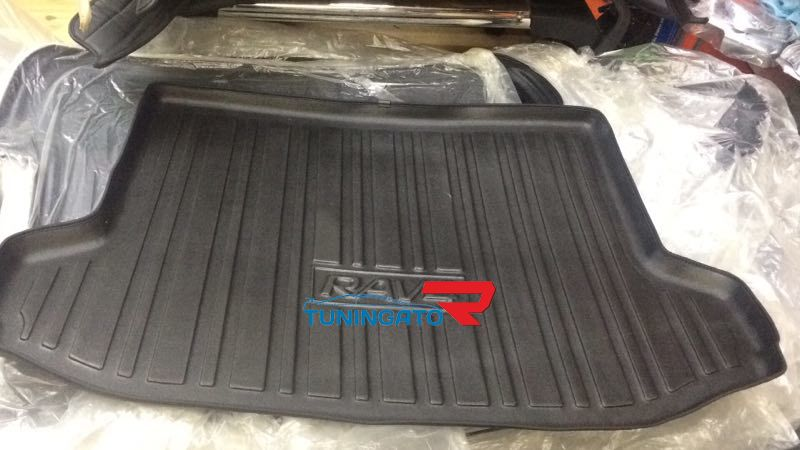 Коврик в багажник для TOYOTA VANGUARD (2006-12г)