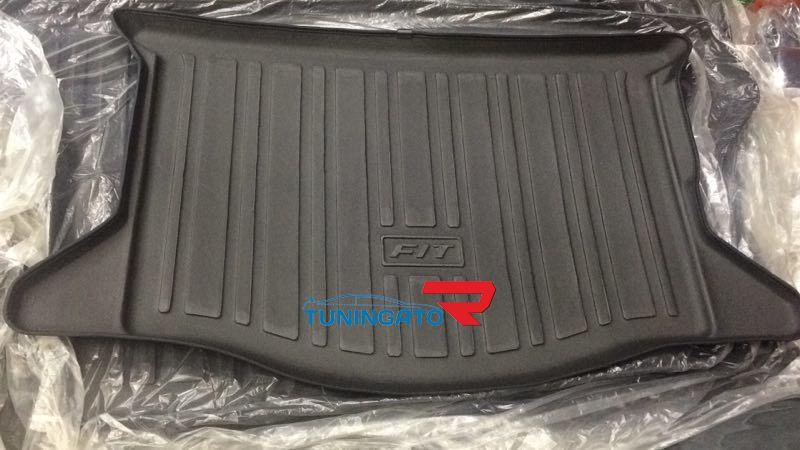Коврик в багажник для Honda Fit 2001-06г