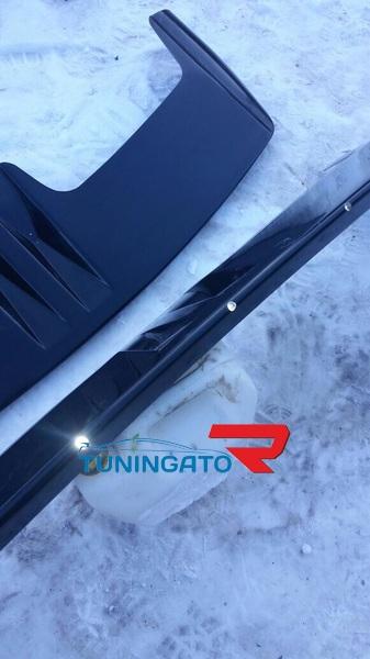 Козырек на лобовое стекло OffRoad для Isuzu Bighorn 91-02г.