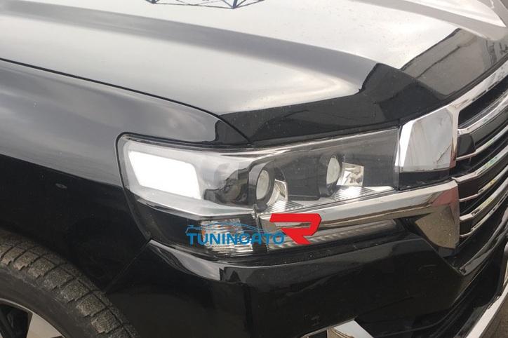 Фары линзовые черные для Toyota Land Cruiser 2015+