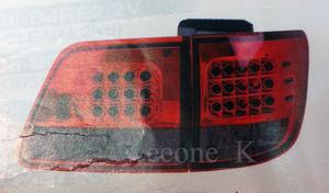 Стоп-сигналы тюнинговые (Красно-серые) для TOYOTA FORTUNER 2005-08г.