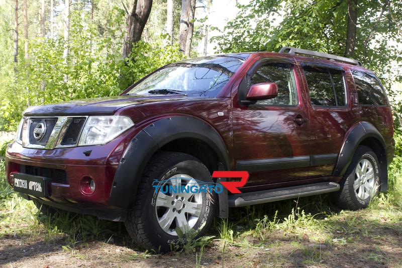 Молдинги на двери для Nissan Pathfinder 2004-2010 (R51)