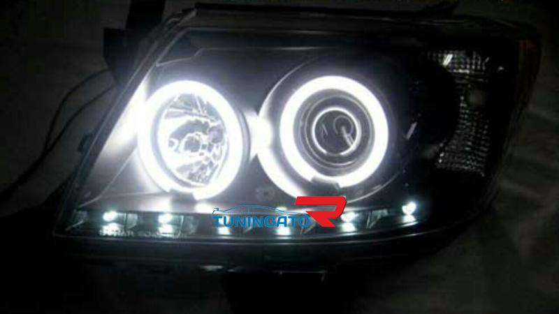 Фары ангельские глазки для Toyota Hilux\Vigo 2012г.+