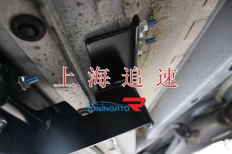 Подножки боковые RAV4 2010- / VANGUARD 2006 Тайвань