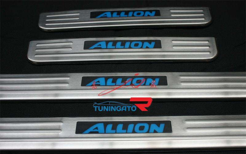 Накладки на пороги с подсветкой для TOYOTA ALLION 2007-