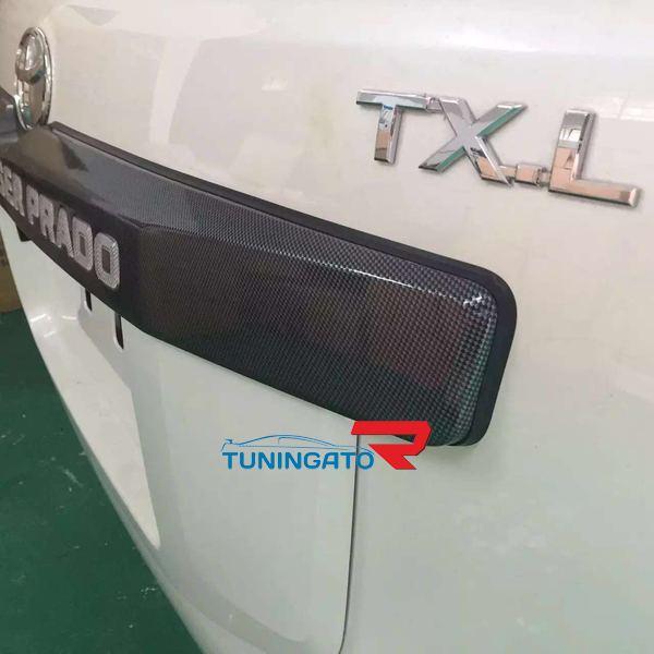 Карбоновая планка над задним номером с подсветкой для LC Prado 150 2014г+