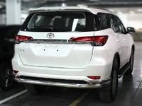 Защита заднего бампера Волна дуги для Toyota Fortuner 2015+