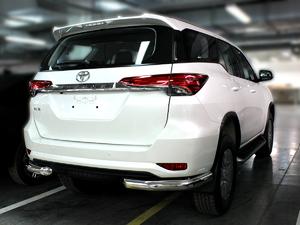 Защита заднего бампера уголки одинарные дуги для Toyota