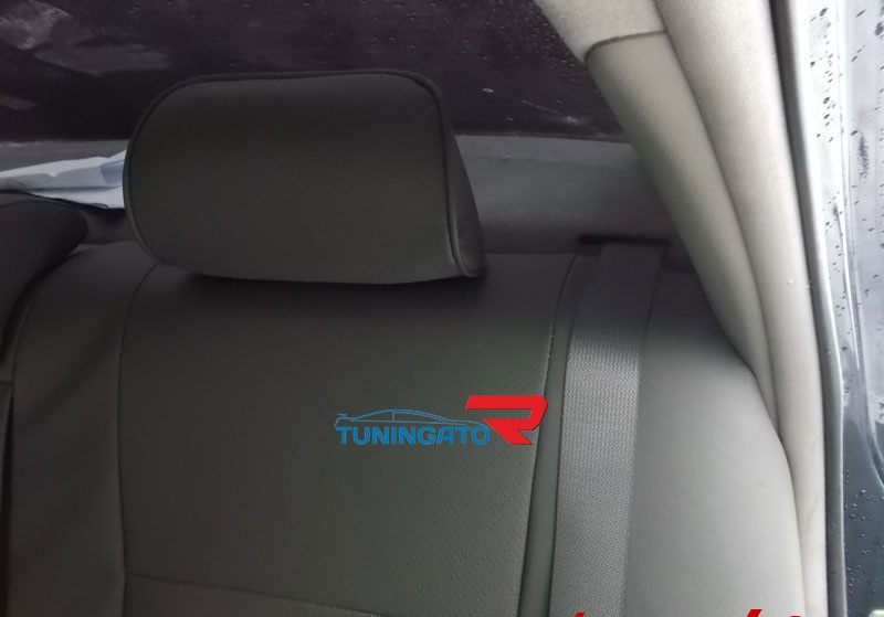 Модельные чехлы (экокожа) Комфорт для Toyota VITZ 2005-10г