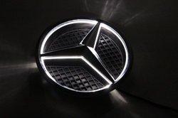 Эмблема с подсветкой Mercedes