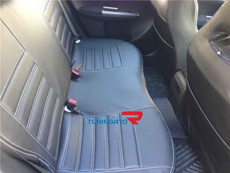 Чехлы на сидения из эко-кожи для Toyota Rush 2006-2012г