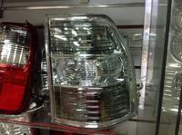 Задние стоп сигналы белые на Mitsubishi Pajero 2007