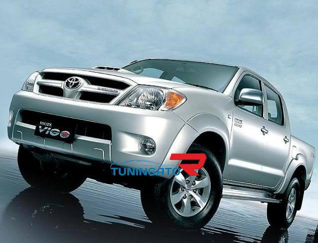 Расшерители колесных арок (фендера) штатные для Toyota Hilux\ Vigo 2005-08г.