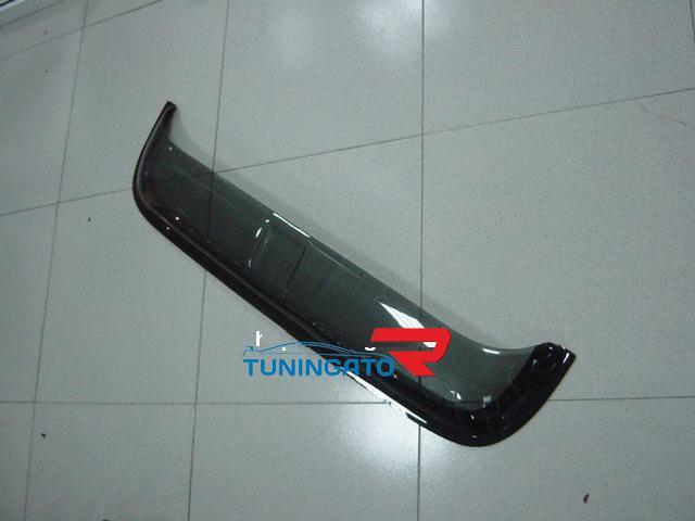 Дефлектор на люк Тайвань (двухцветка, черно- дымчатый) для TOYOTA Cresta 92-94г.