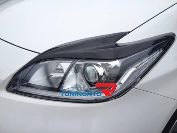 Накладки на фары(реснички) карбон для Toyota Prius 2009-up