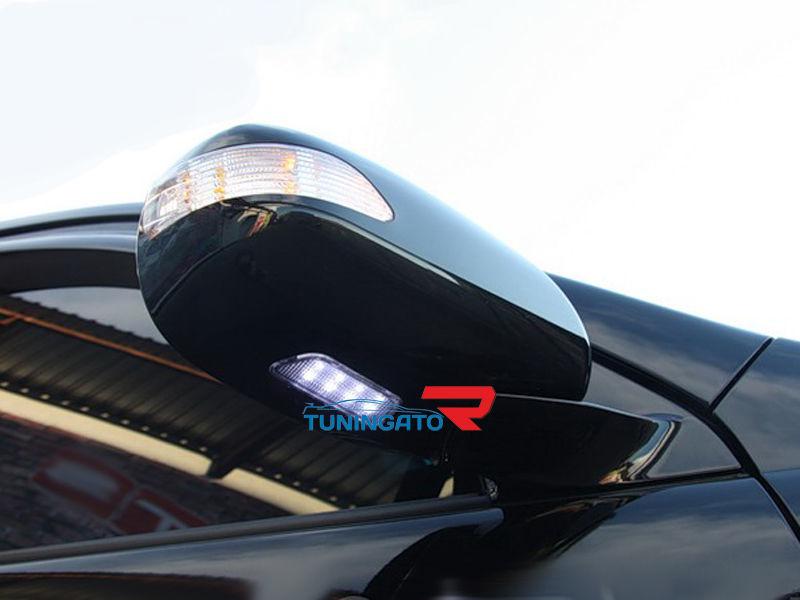 Корпуса зеркал белые с поворотником и габаритом для Toyota Prado\ LEXUS GX470