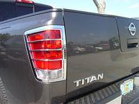 Хром накладки на стоп-сигналы для Nissan Titan 04-12г.