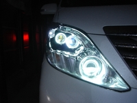 Фары ангельские глазки в стиле LEXUS для Toyota Alphard 2008-
